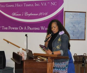 Minister Neal Reading Scripture