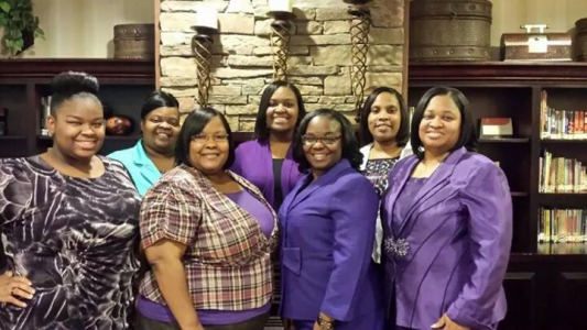 First Lady Lee and Houston Women of God at Petersburg 2015